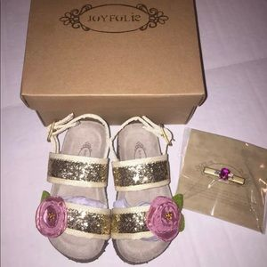 Joyfolie Golden Rose Micha Sandals Size 6